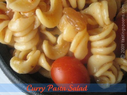 curry-pasta-salad