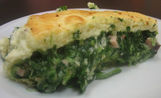 roulade au fromage (french fallen cheese soufflé with spinach