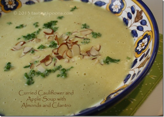 curried_cauliflower_apple_soup