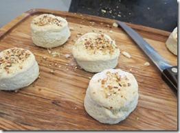 dukka_biscuits_baked