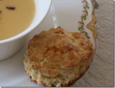 biscuit_with_soup_bowl