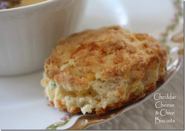 cheddar_cheese_chive_biscuits