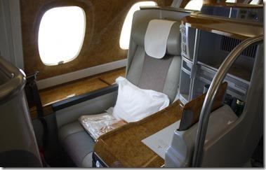 air_emirates_biz_class_seat