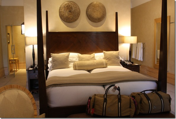 saxon_room_twin_beds