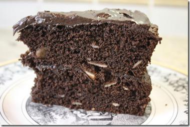cocoa_spice_cake_side