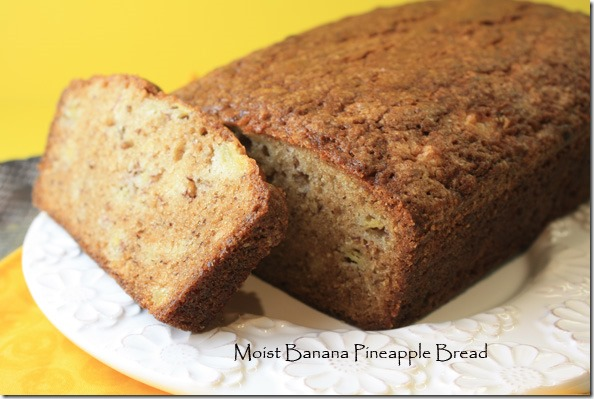 moist_banana_pineapple_bread