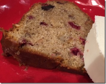 spiced_cranberry_bundt_slice