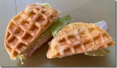chaffle_sandwich_top