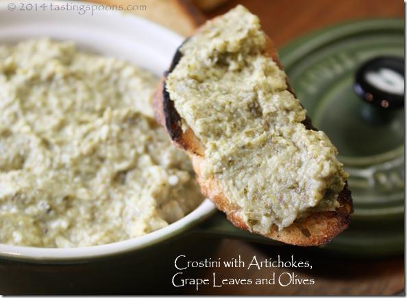 crostini_grape_leaves_olives