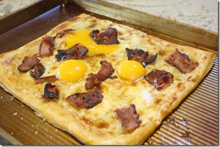 bacon_egg_tart_before_baking_eggs